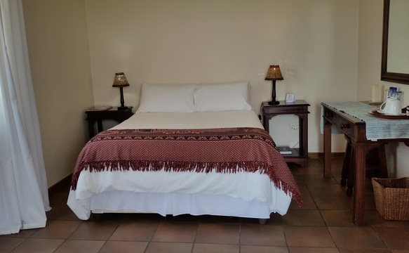 Double room en-suite at Nabana Lodge before the make over