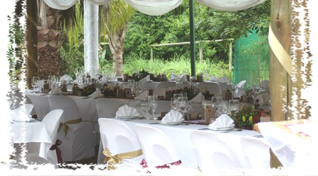 Wedding venue near Hazyview at Nabana Lodge for small intimate wedding celebrations