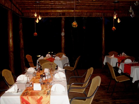 Romantic Dinners, Nabana Lodge