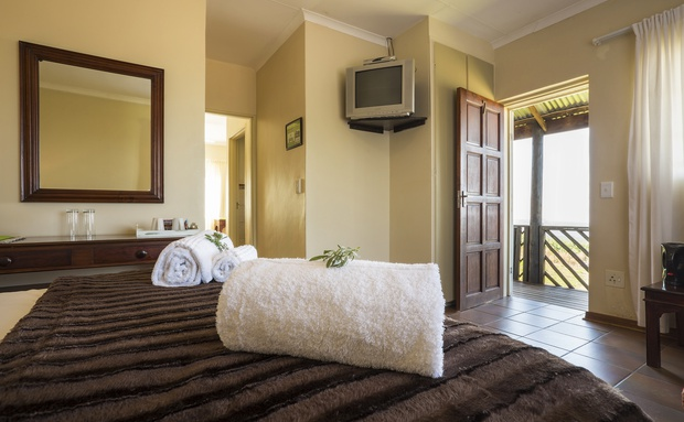 Accommodation near Hazyview at Nabana Lodge double room en-suite