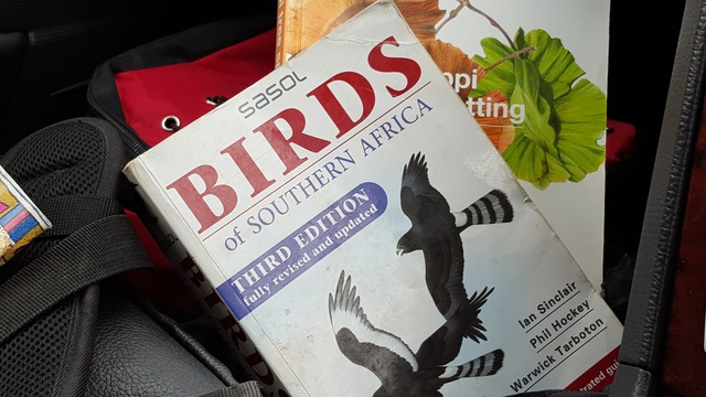 Reference books, Sasol Birds of Southern Africa, Sappi Tree Spotting in Kruger National Park near Nabana Lodge