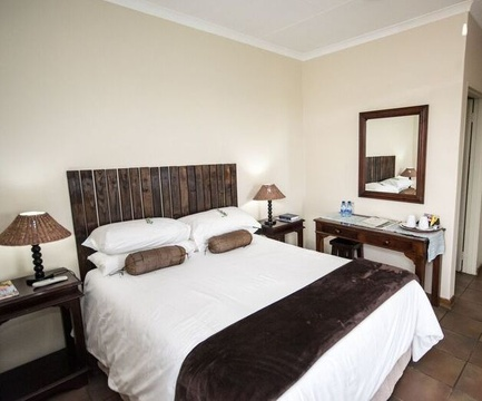 Make over of the double en-suite room at Nabana Lodge complete