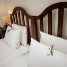 Lavednula on pillows in twin en-suite room at Nabana Lodge, affordable accommodation near the Kruger National Park